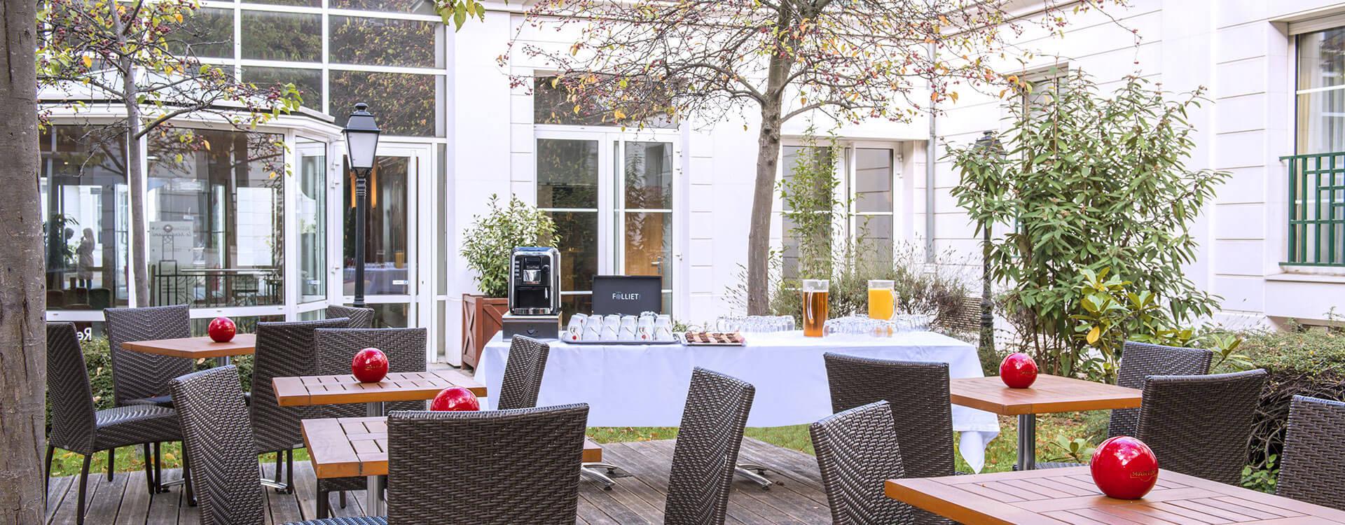 Cours et jardin - Hôtel*** Paris La Villa Modigliani